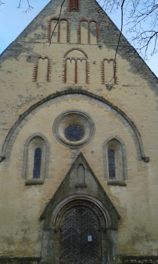 Valjala kirik.jpg -